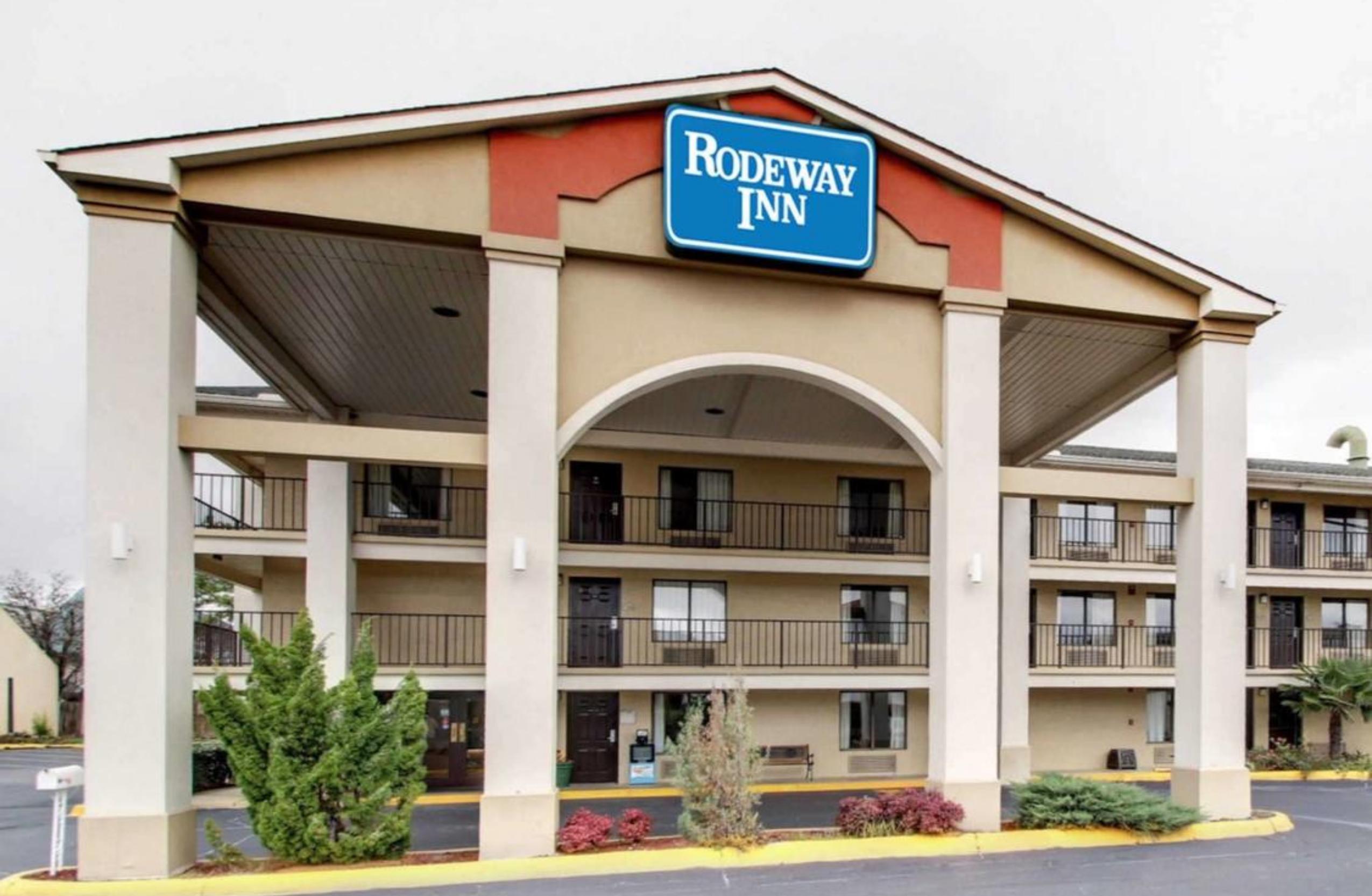 Rodeway Inn - Ridgeland, MS