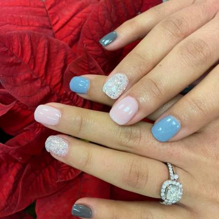 sara's nails